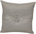 RING PILLOWS W/ ROSE FLOWER IN MIDDLE (WHITE)